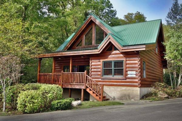 Hotel Southern Hospitality 2 Br cabin by RedAwning