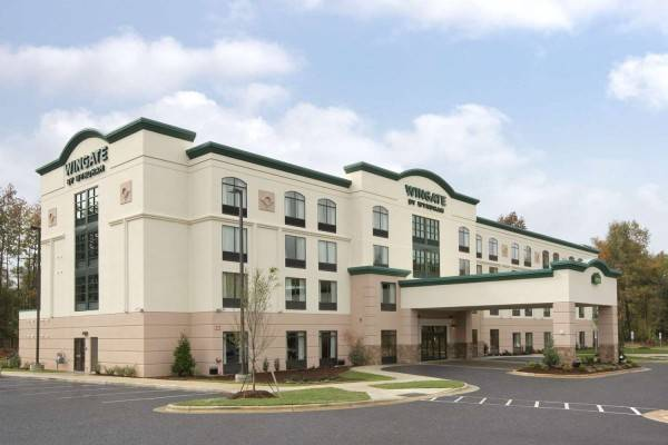 Hotel WINGATE BY WYNDHAM STATE ARENA