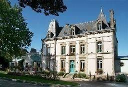 Hotel The Originals Relais Clos de Vallombreuse (ex Relais du Silence)