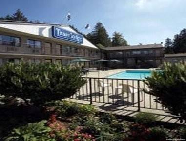 Langley Hwy Hotel