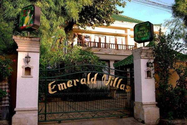 Hotel Bali Emerald Villas