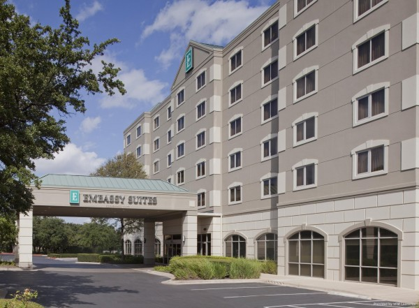 Hotel Embassy Suites by Hilton Austin Arboretum