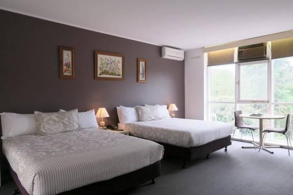 Hotel Lyndoch Hill