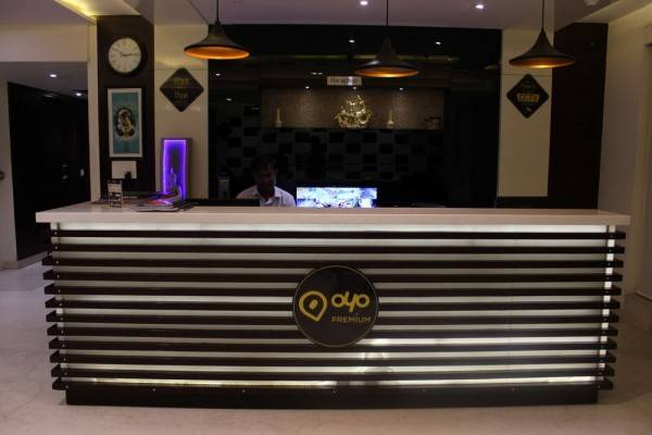 OYO 550 Hotel Aura Grand Residency