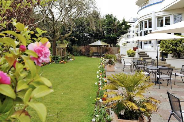 Mercure Bournemouth Queens Hotel & Spa