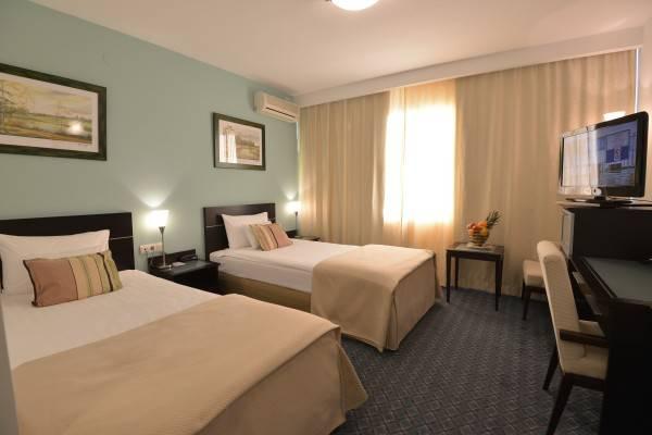 Sumadija Hotel