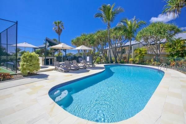 Hotel Beach Breakers Resort
