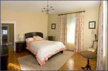 Hotel A Kingston Bed & Breakfast