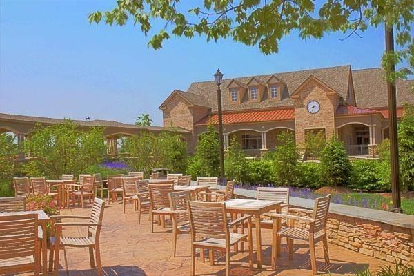 Hotel Lansdowne Resort