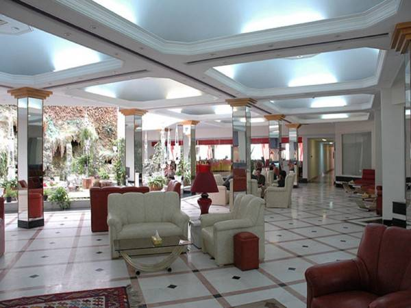 Parsian Azadi Bam Hotel