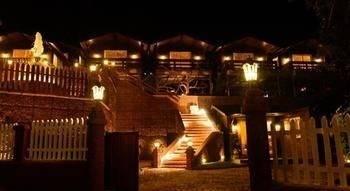 Hotel Tranquility Cottage Resort