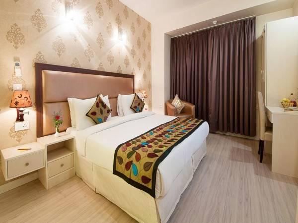 Emblem Hotel Hero Honda Chowk Gurgaon