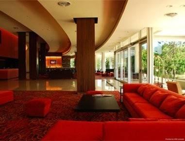 Howard Johnson by Wyndham Plaza Hotel Mayorazgo