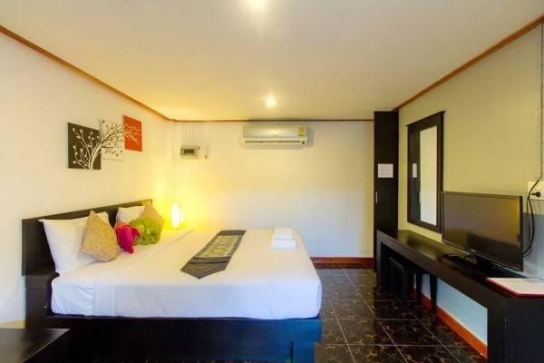 Hotel Naya Paradise Retreat