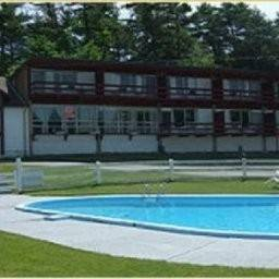 Hotel Hill Island Resort