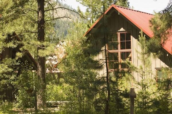 Hotel Sleeping Lady Mountain Resort