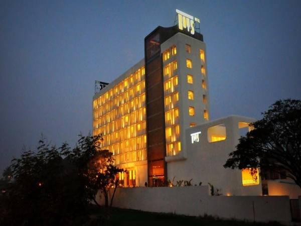 Kochi Keys Hotel