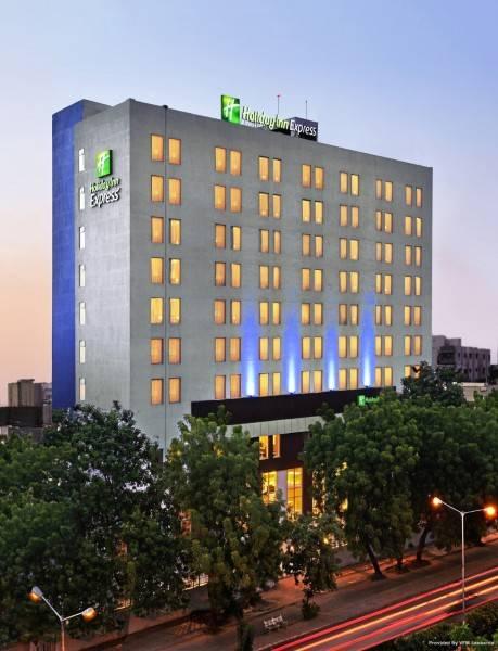 Hotel Fairfield by Marriott Ahmedabad