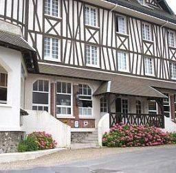 Hostellerie Saint Pierre Logis