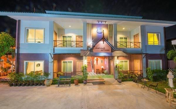 Hotel Baan Jaru