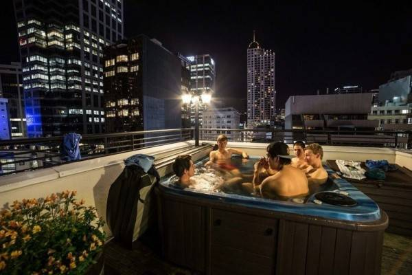 Hotel Nomads Auckland Backpackers