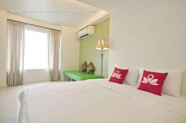 Hotel ZEN Rooms Panurangsri
