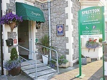 Hotel Spreyton Guest House