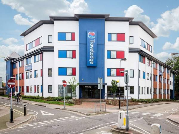 Hotel TRAVELODGE WOKING CENTRAL