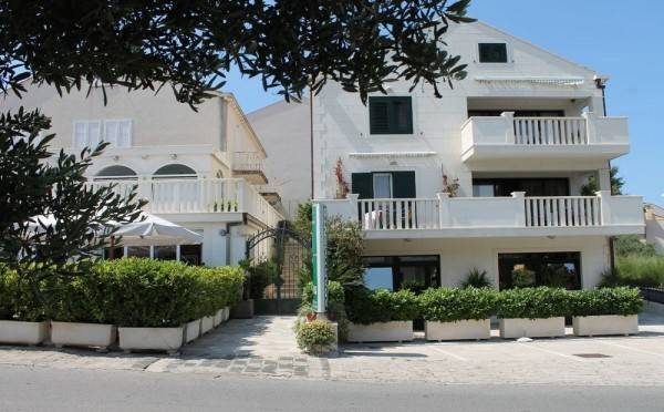 Hotel Apartments Logoš Cavtat