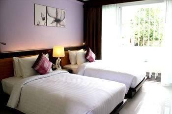 Hotel The Mareeya Place