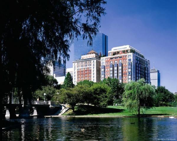 Hotel Taj Boston