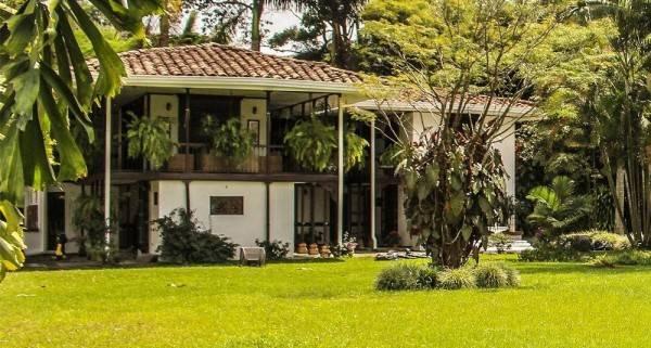 Hotel Hostal Hacienda Bombay