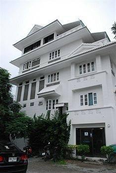 Hotel Na na chart Phuket