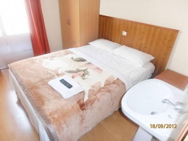 Hotel Hostal Numancia