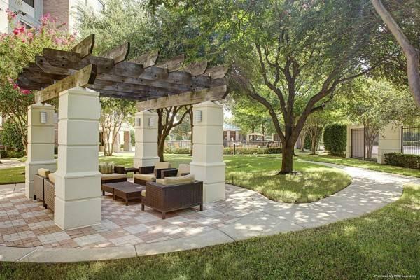 Hotel Courtyard Dallas Addison/Quorum Drive