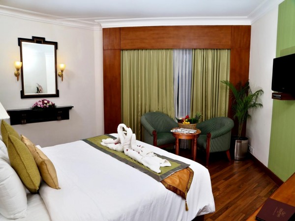 Hotel Gokulam Park- Kochi