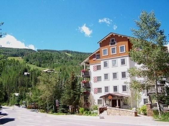 Hotel 9 Vail Road VR