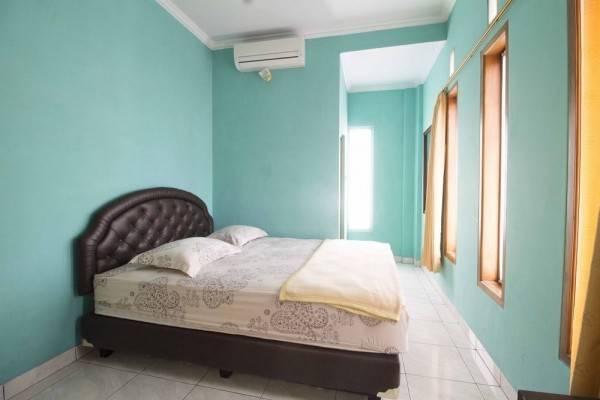 Hotel RedDoorz near Maranatha University