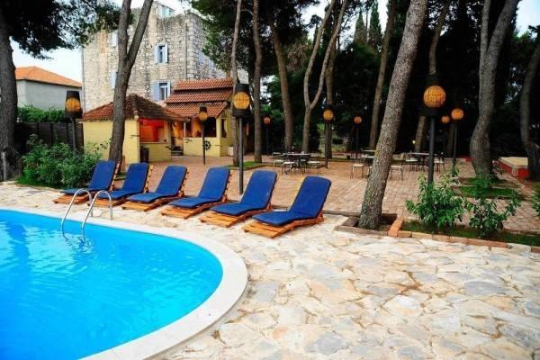 Hotel Villa Skula