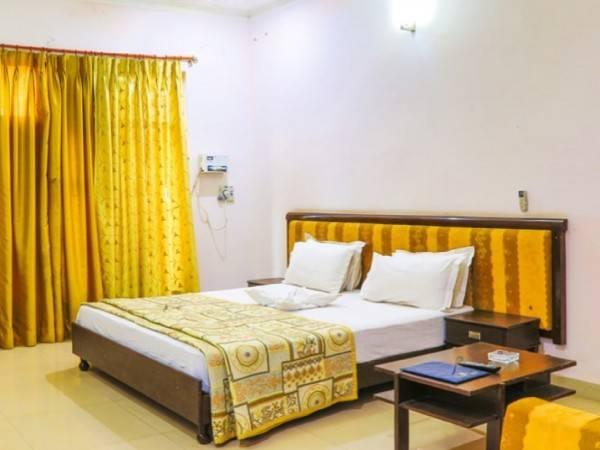 Hotel Gulmohar Sariska Resort