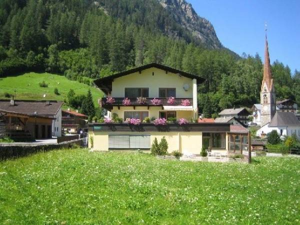Hotel Ferienwohnung Burgstein