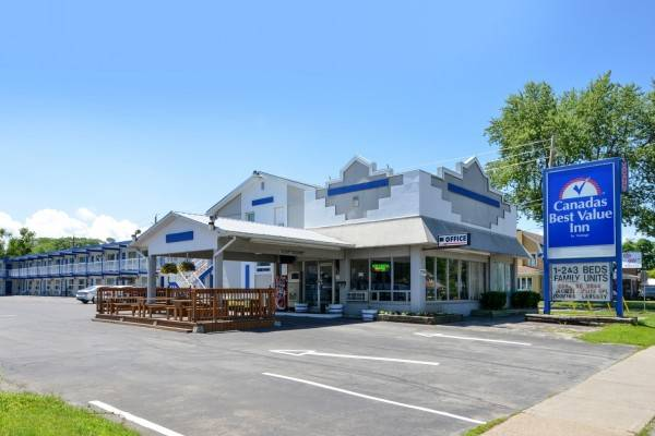 Canadas Best Value Inn