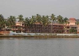 Hotel Lazy Lagoon Sarovar Portico Suites