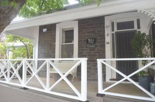 Hotel Westbury Cottage B & B