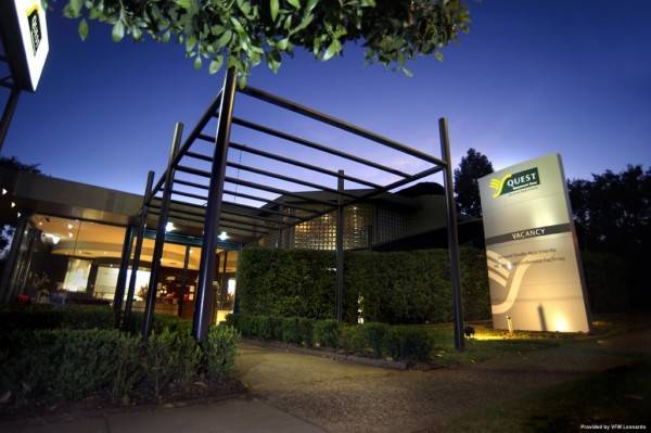 Hotel Quality Suites Beaumont Kew