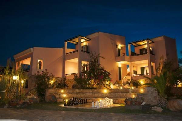 Hotel Irides Luxury Studios & Apartments