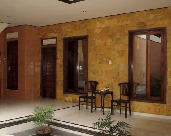Hotel Semampan Village Guesthouse