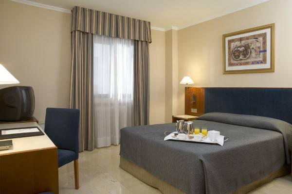 Hotel NH Cordoba Califa