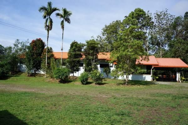 Hotel The 7 Lodge Tambunan