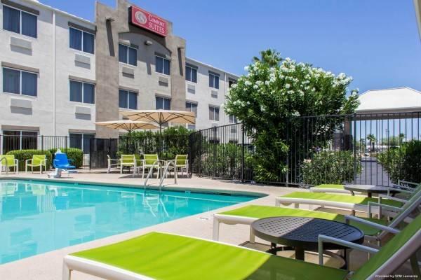 Hotel Comfort Suites at Tucson Mall